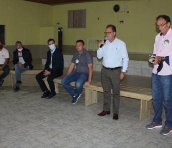 Moradores de Garajuva querem asfalto até Araranguá